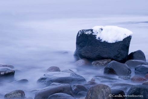 Snön och havet med vågorna
