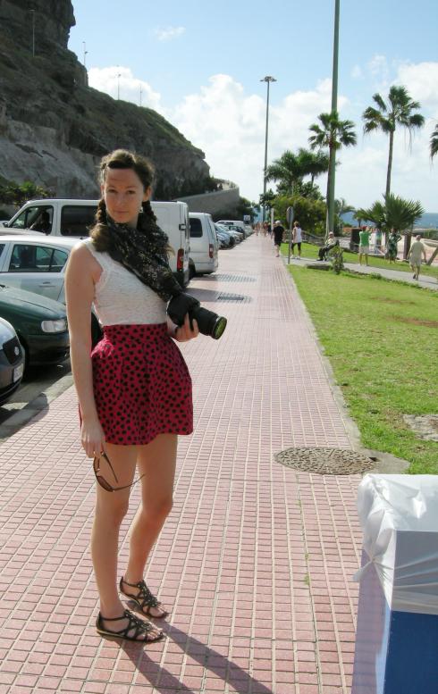 Jag i Amadores, poserandes i närheten av en soptunna