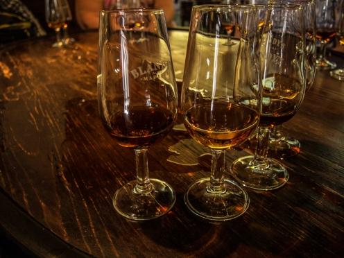 Provsmakning av Madeiravin med utspillt vin