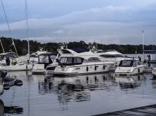 Båtar vid hamnen