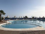 Poolen hos hotellet Ponent Mar